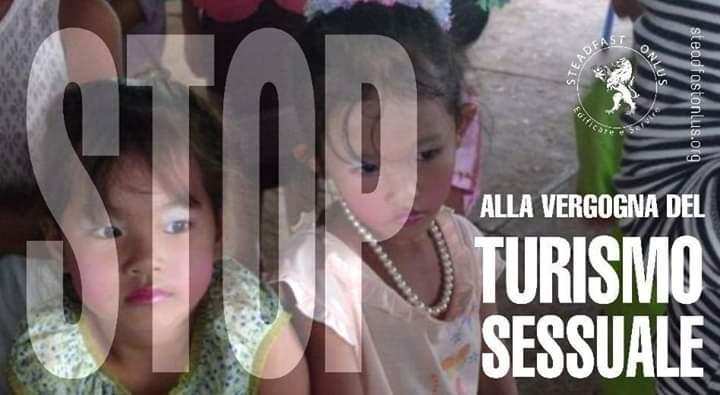 """La denuncia: """"250 mila italiani sono in cerca di vittime minorenni"""""""