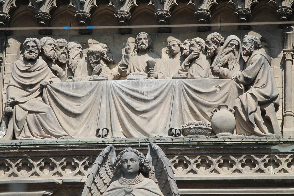 """Il """"peccatore"""" Matteo, messo alla sequela di Gesù, è diventato un fervente Apostolo"""