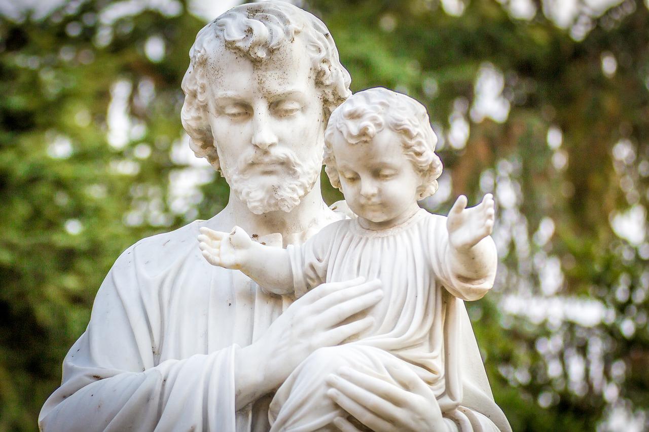 Ultimo giorno del Sacro Manto per la natalità e la difesa della famiglia naturale