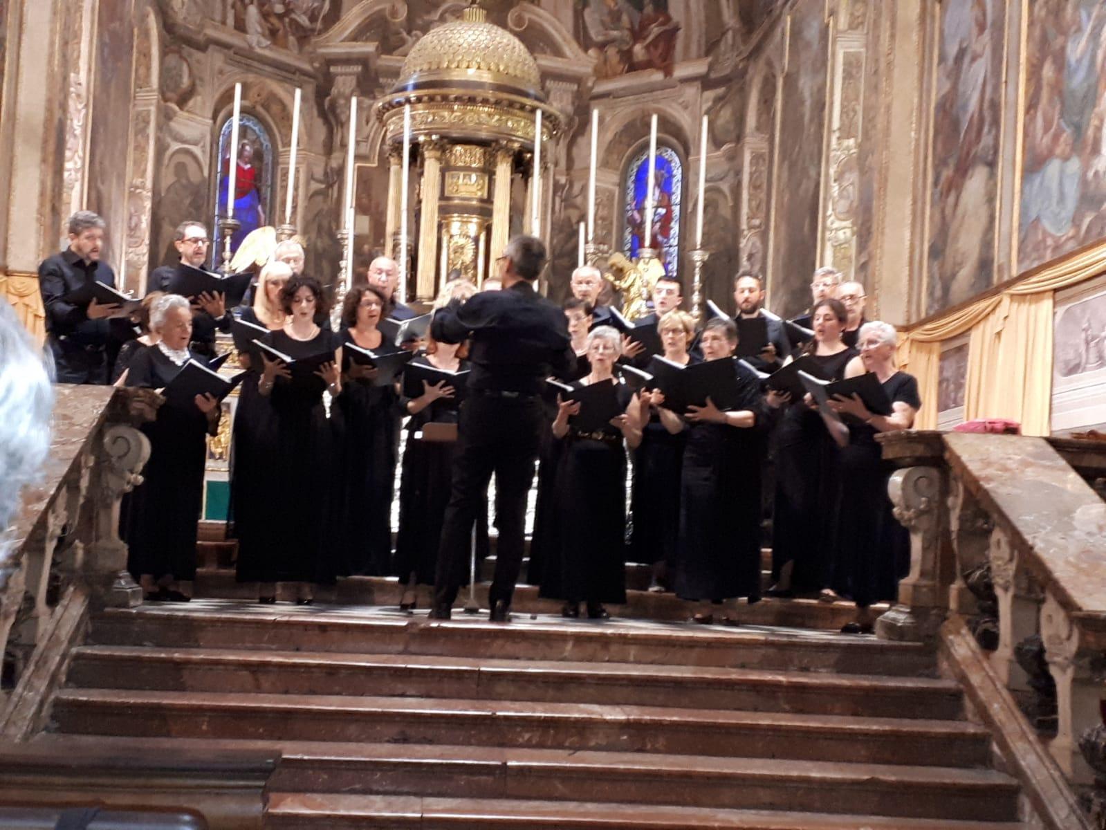 La Chiesa non può essere il luogo adatto a musiche profane