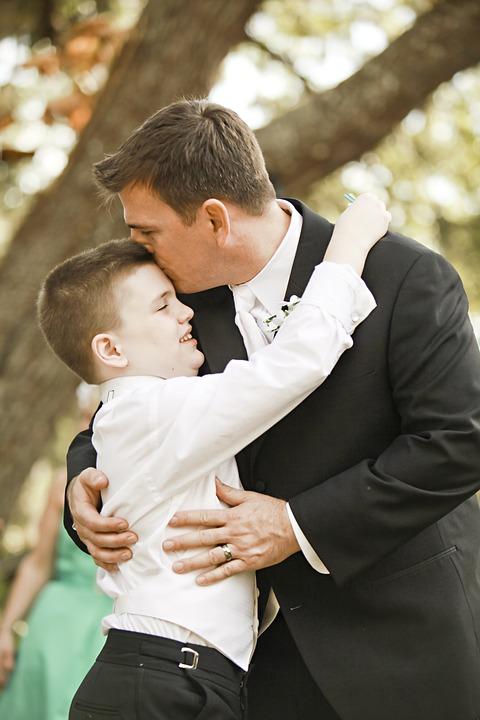"""Il Papa a bimbi autistici e loro genitori: """"dire grazie a Dio è una bella preghiera, il Signore vi ascolta"""""""