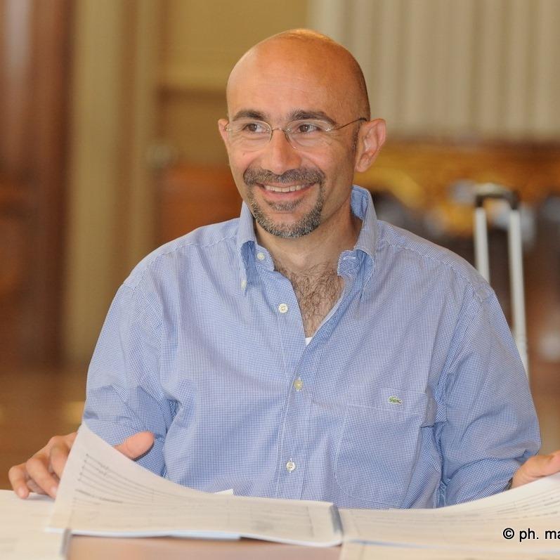 """Esclusivo. Il maestro Gianvincenzo Cresta: """"la musica sacra ci sospende tra cielo e terra"""""""