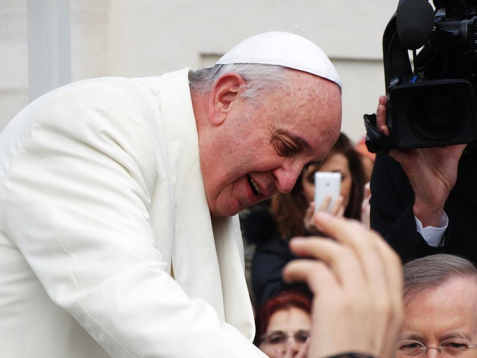 """Il Papa: """"Dio susciti nei cuori il rispetto per la vita di fragili e indifesi"""""""
