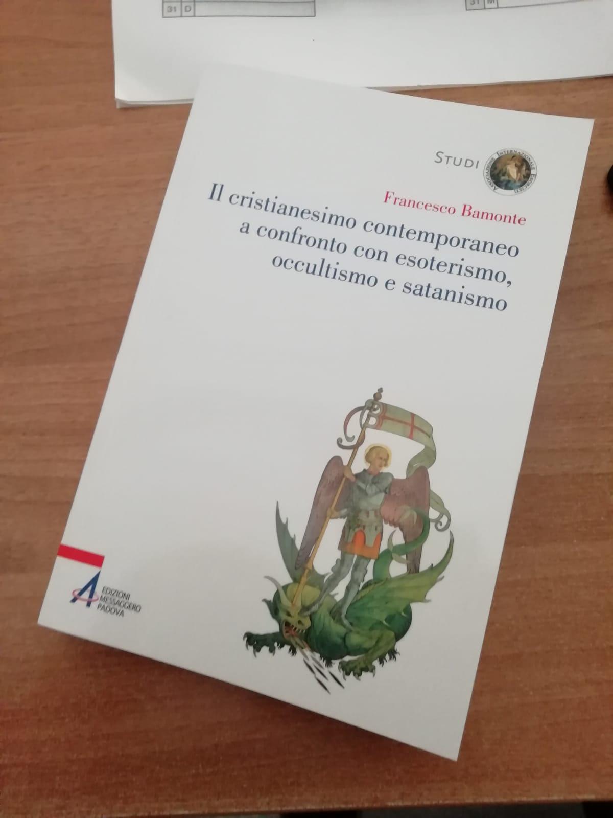 Esoterismo, occultismo e satanismo odierni analizzati da padre Francesco Bamonte